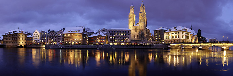 img_zurich_by_night_limmat_fraumuenster.jpg